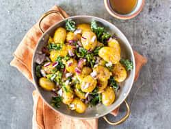 Potetsalat med sennep og grønnkål