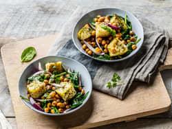 Wok med torsk, kikerter og spinat