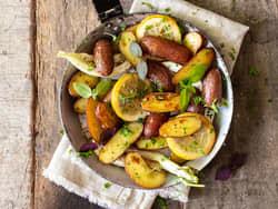 Ovnsbakte poteter med fennikel og sitron