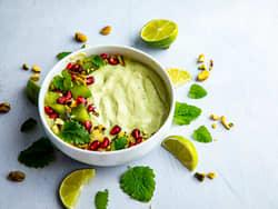 Dessertbowl med avokado og iskrem
