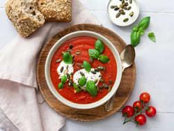 Krydret paprika- og tomatsuppe