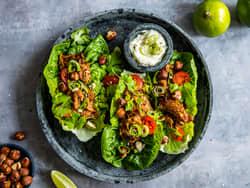 Vegetarisk taco i hjertesalat
