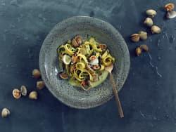 Tagliatelle med hjertskjell og urteparmesan