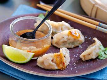 Dumplings fylt med reker og krabbe