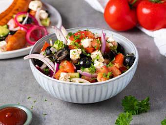 Enkel gresk salat