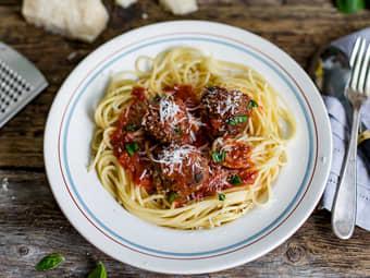 Hjemmelagde italienske kjøttboller