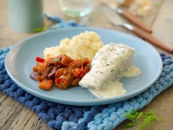 Lettsaltet torsk med kremet hvitløksaus