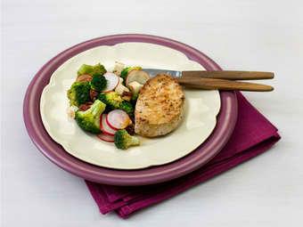 Svinefilet med brokkolisalat
