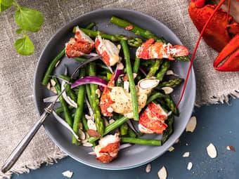 Hummersalat med asparges og chilimajones