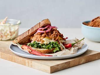 Vegansk «pulled pork»-sandwich