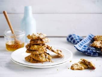 Havrekjeks med tranebær og honning