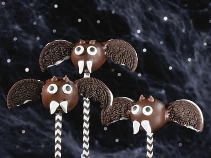 Flaggermus av sjokolade til Halloween