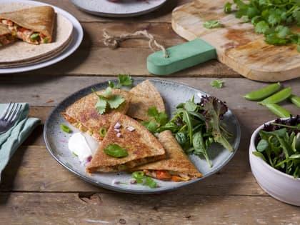 Grove quesadillas med kylling og grønnsaker