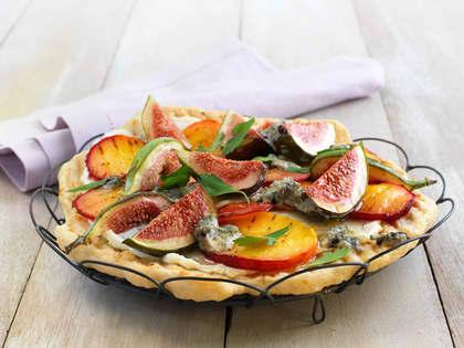 Dessertpizza med fiken og blåmuggost