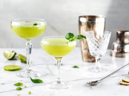 Mocktail med basilikum