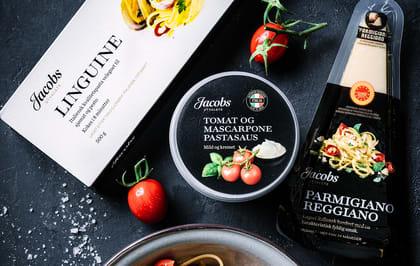 I tillegg til god pasta, trenger man godt tilbehør. En god, fyldig saus og litt moden parmesan gjør underverker!