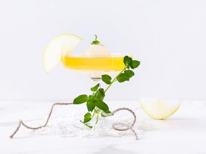 Mocktail med Urge og eple