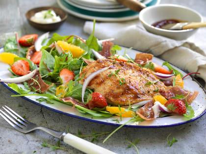 Grillet BBQ-kylling med salat