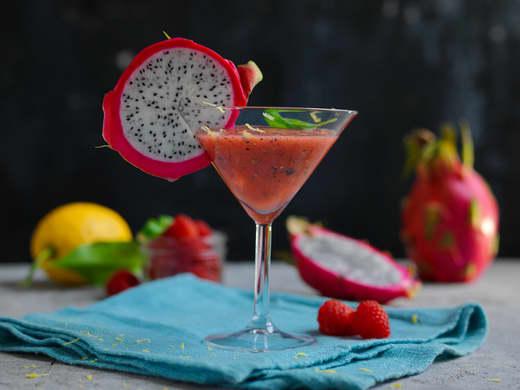 Mocktail med pitahaya og vannmelon