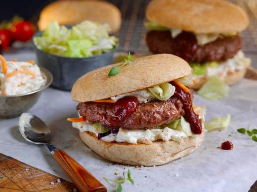 Hamburger med coleslaw