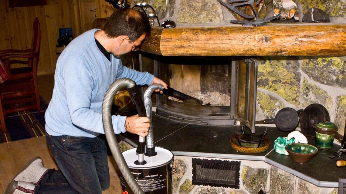 Ikke støvsug i peis og ovn uten spesialutstyr