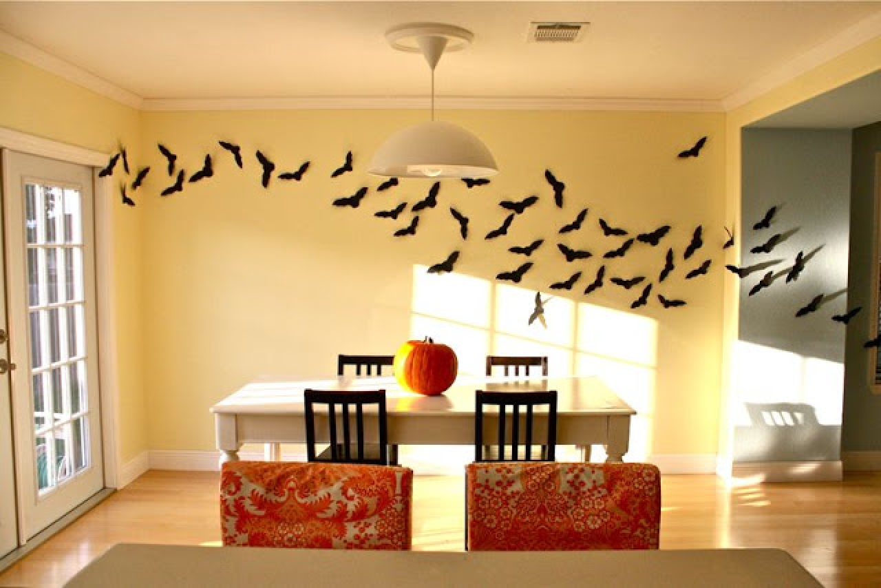 5 Easy Decorating Schemes Based on Classic Halloween Costumes - The ...