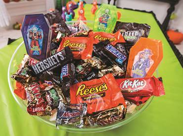 2021 September We Are Parks and Rec Member Benefit Fun Express Is Your Halloween Solution 410