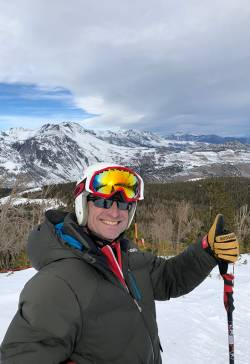 Stuart Brown, parks and recreation director for Town of Mammoth Lakes, skiing at June Mountain. Photo courtesy of Betsy Truax.