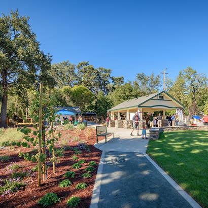 2018 June Community Center Hemme Station Park 410