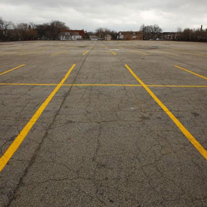 parking lot 410