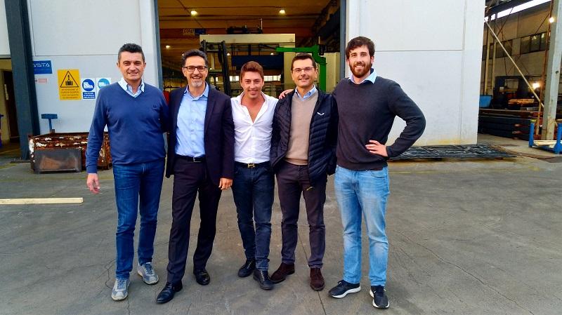 Andrea Cazzolla (AD Casta srl) e il Team Opta