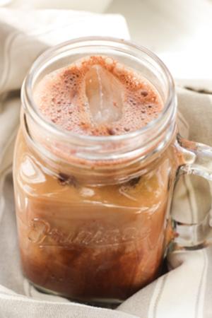 Tasse boisson chocolatée gourmande au Cacao & Maca