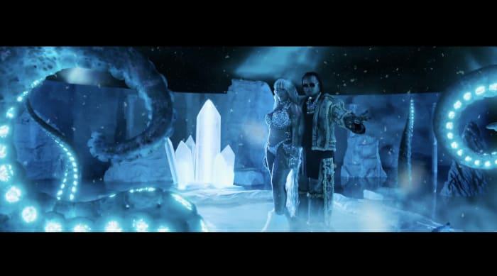 """Video preview of VideoClip: OZUNA + DOJA CAT + SIA - """"DEL MAR"""" - (Video Oficial)"""