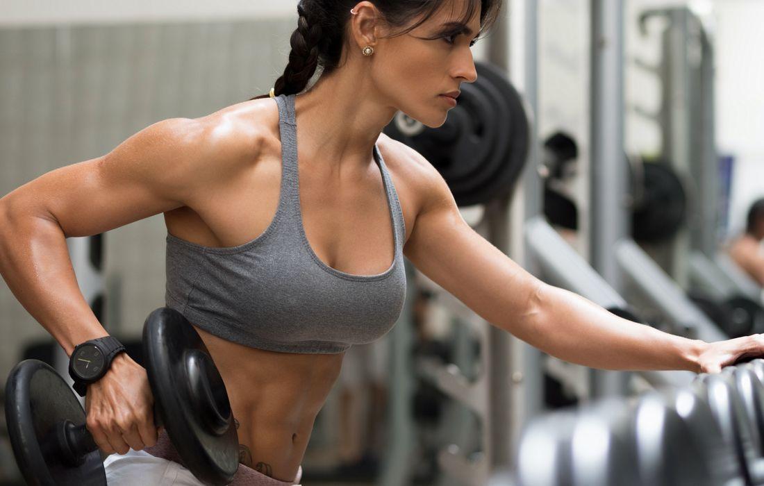 woman arm workout