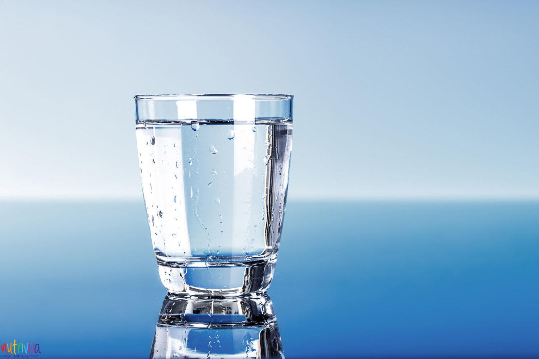 Acqua acqua L'importanza dell'acqua per il corpo umano acqua nutrivivablog f9kdty