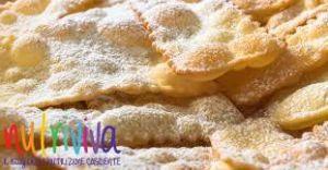 Chiacchiere di carnevale chiacchiere di carnevale Chiacchiere di Carnevale, ricetta light senza lattosio chiacchiere di carnevale ricetta 300x156