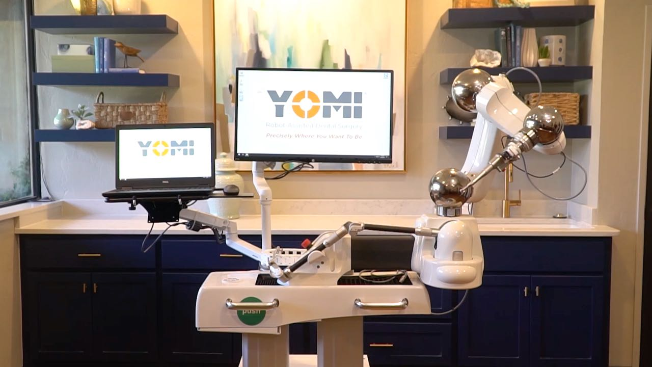 Yomi is a robotic dental implant assistant