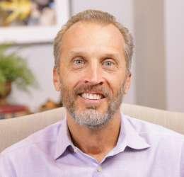 Meet Dr. Keeter. He refers his patients to Park Cities Oral & Maxillofacial Surgery Associates.