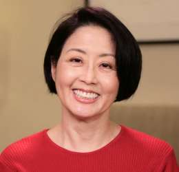 Meet Dr. Hayashi. She refers her patients to  Oral Surgery Hawaii.