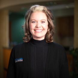 Meet Mindy:Front Desk Coordinator