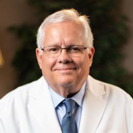 Meet Dr. Alling, our Oral & Maxillofacial Surgeon.