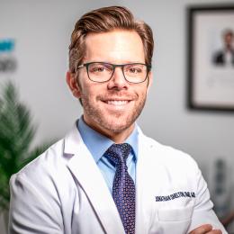 Meet Dr. Jonathan Shelton, our Oral & Maxillofacial Surgeon.