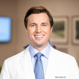 Meet Dr. Morrow, our Cirujano oral y maxilofacial.