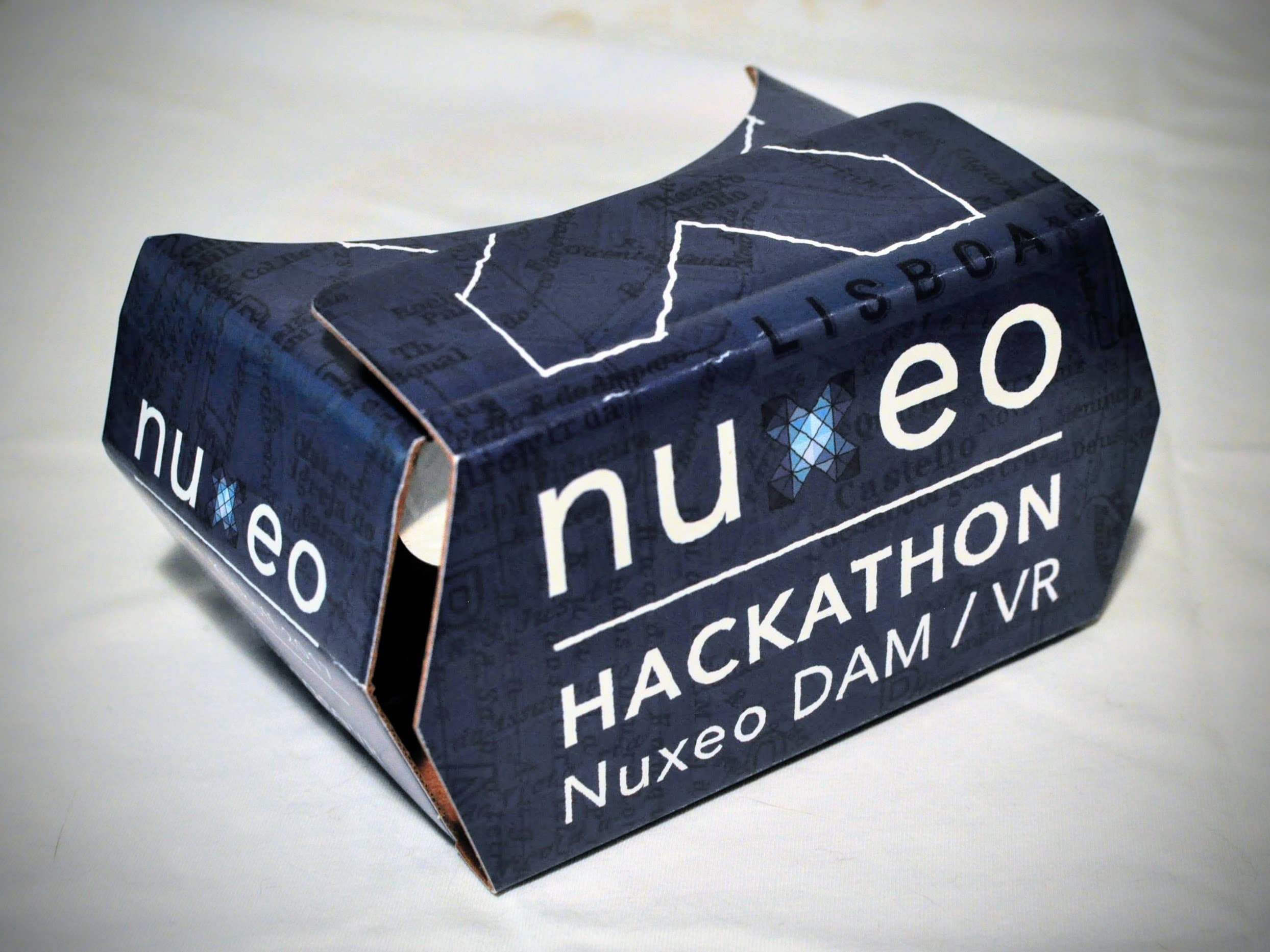 Nuxeo Cardboard - Hackathon DAM/VR