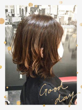 伸ばしかけの髪にはニュアンスパーマ