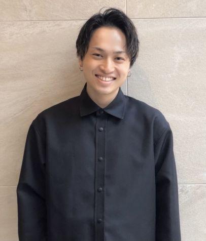 essensuals by TONI&GUY 梅田茶屋町店 日笠 蓮