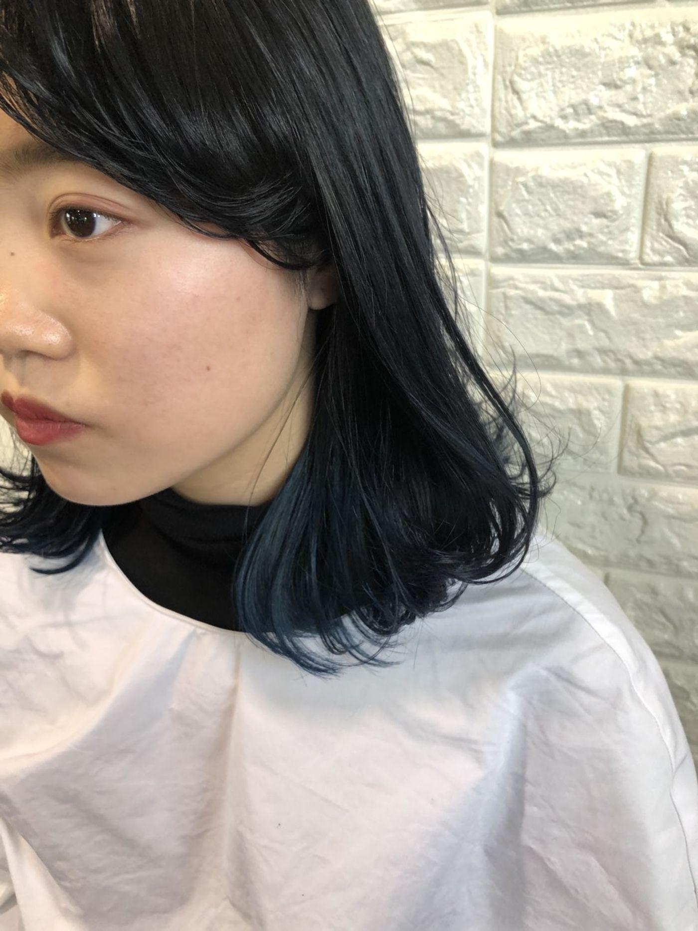 美容師さんと一緒に髪の毛のプランを考える!!