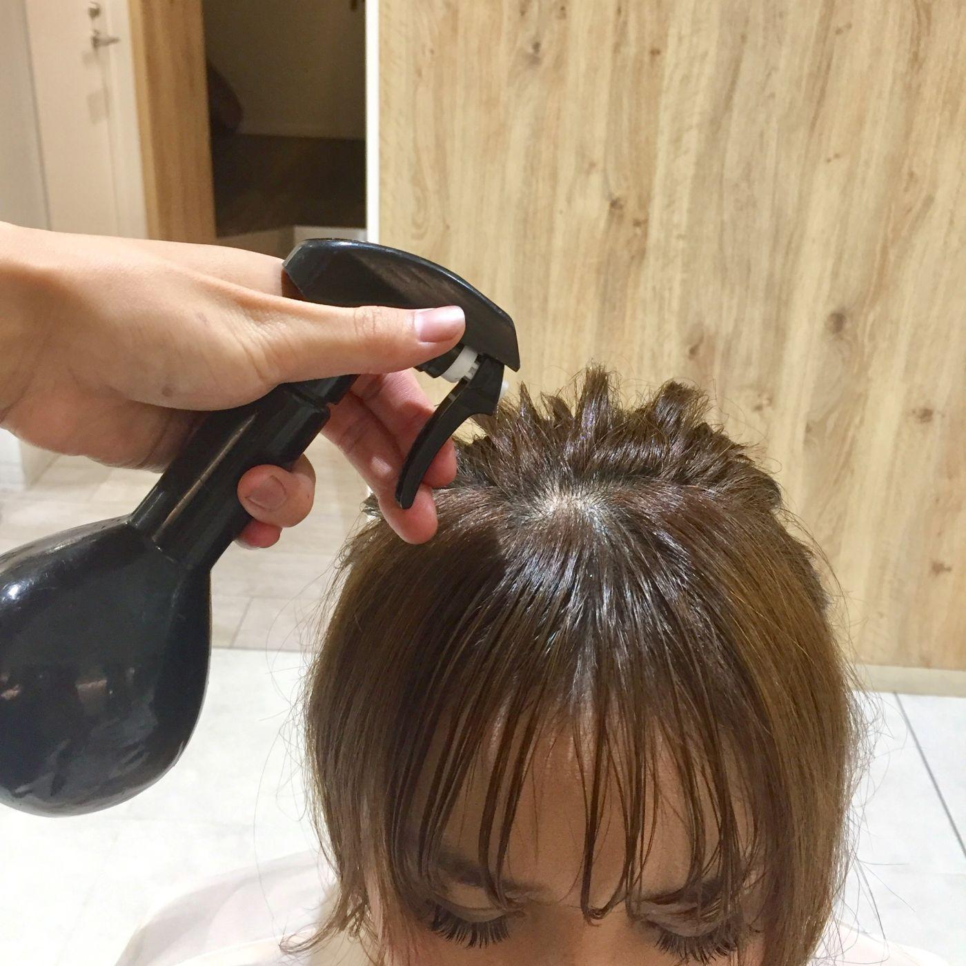 1.水で前髪を濡らす
