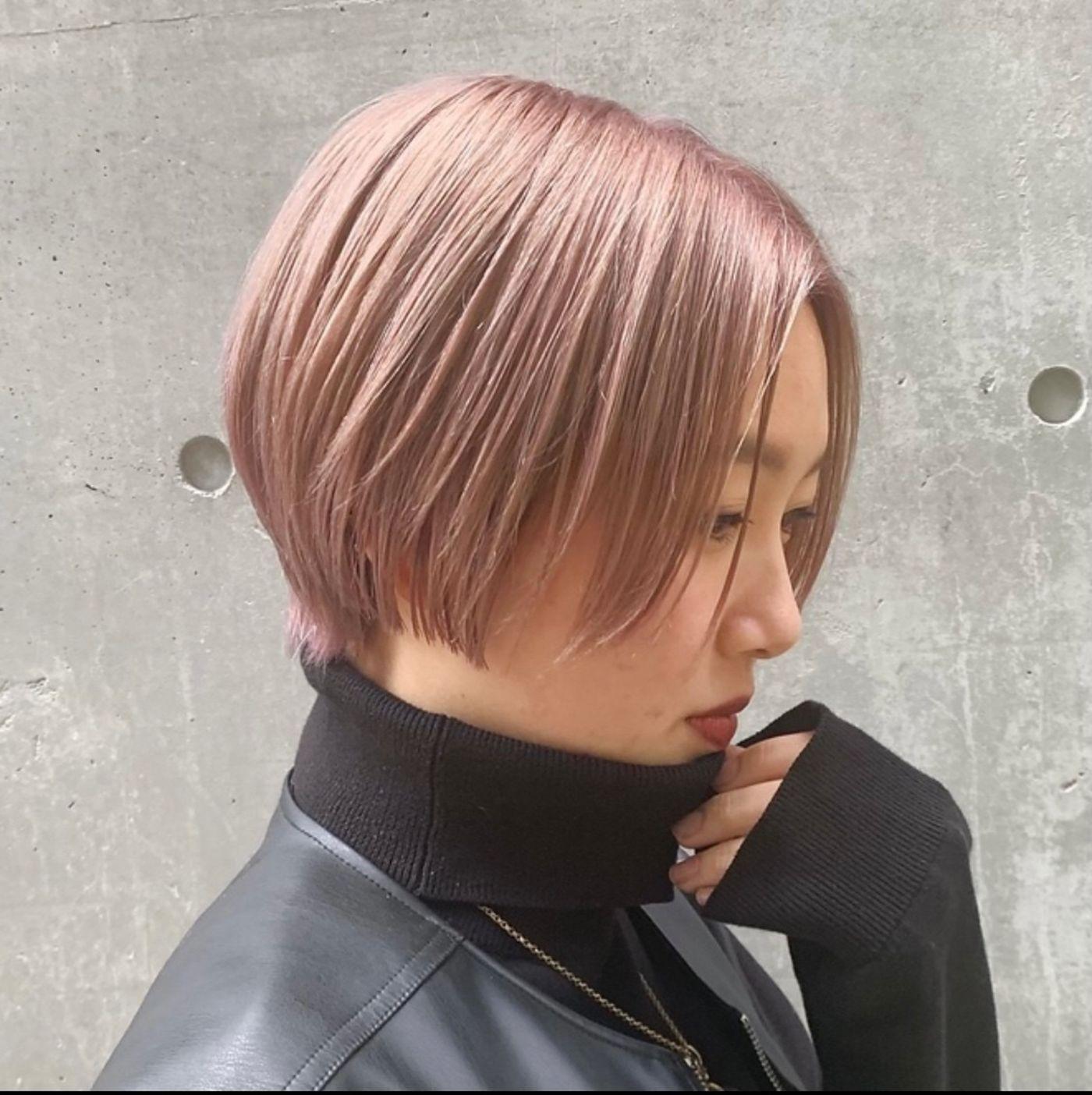 ④ブリーチ2回以上で作る淡いピンクカラー