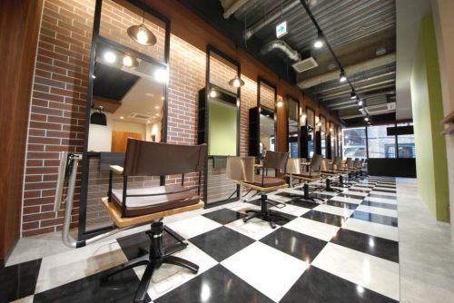 essensuals by TONI&GUY 梅田茶屋町店